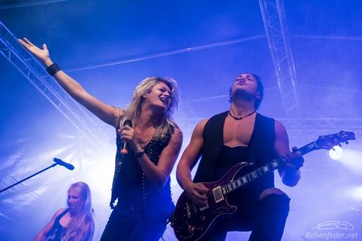 Rock_On!-Kissin'_Dynamite-Claudia_Chiodi-10