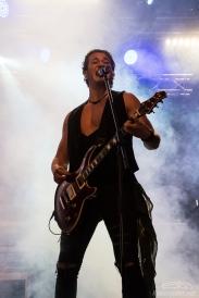 Rock_On!-Kissin'_Dynamite-Claudia_Chiodi-4