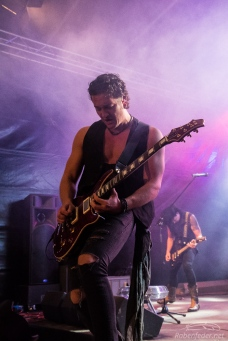 Rock_On!-Kissin'_Dynamite-Claudia_Chiodi-6
