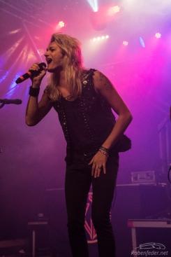 Rock_On!-Kissin'_Dynamite-Claudia_Chiodi-8