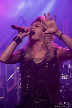 Rock_On!-Kissin'_Dynamite-Claudia_Chiodi-9
